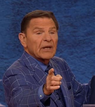 Kenneth Copeland - Faith Is the Connector to Miraculous Healing