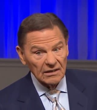 Kenneth Copeland - Believe the Covenant, Not the Contradiction