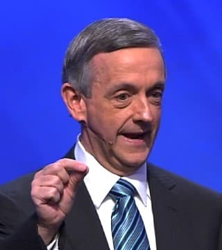 Robert Jeffress - Do People In Heaven Know What Is Happening On Earth?