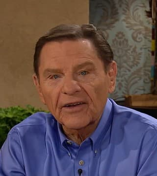 Kenneth Copeland - Life Without Christ Is Life Without Covenant