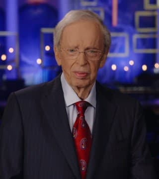 Charles Stanley - In The Midst Of The Storm