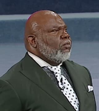 TD Jakes - Mommas, Mentors, And Moments