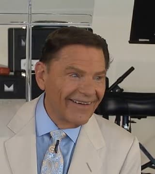 Kenneth Copeland - Living In The Blessing During Famine