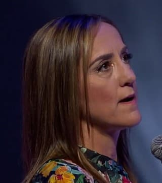 Christine Caine - Press Through