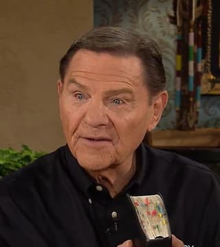 Kenneth Copeland - Faith Is the Substance of Things
