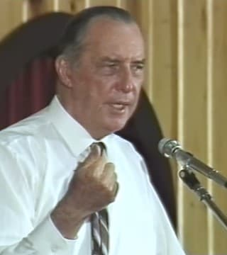 Derek Prince - The Ministry Of Jesus As A Priest