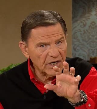 Kenneth Copeland - Trusting In the Promise