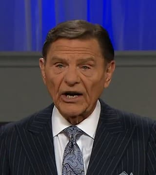 Kenneth Copeland - Your Covenant Is Bigger Than the Giant